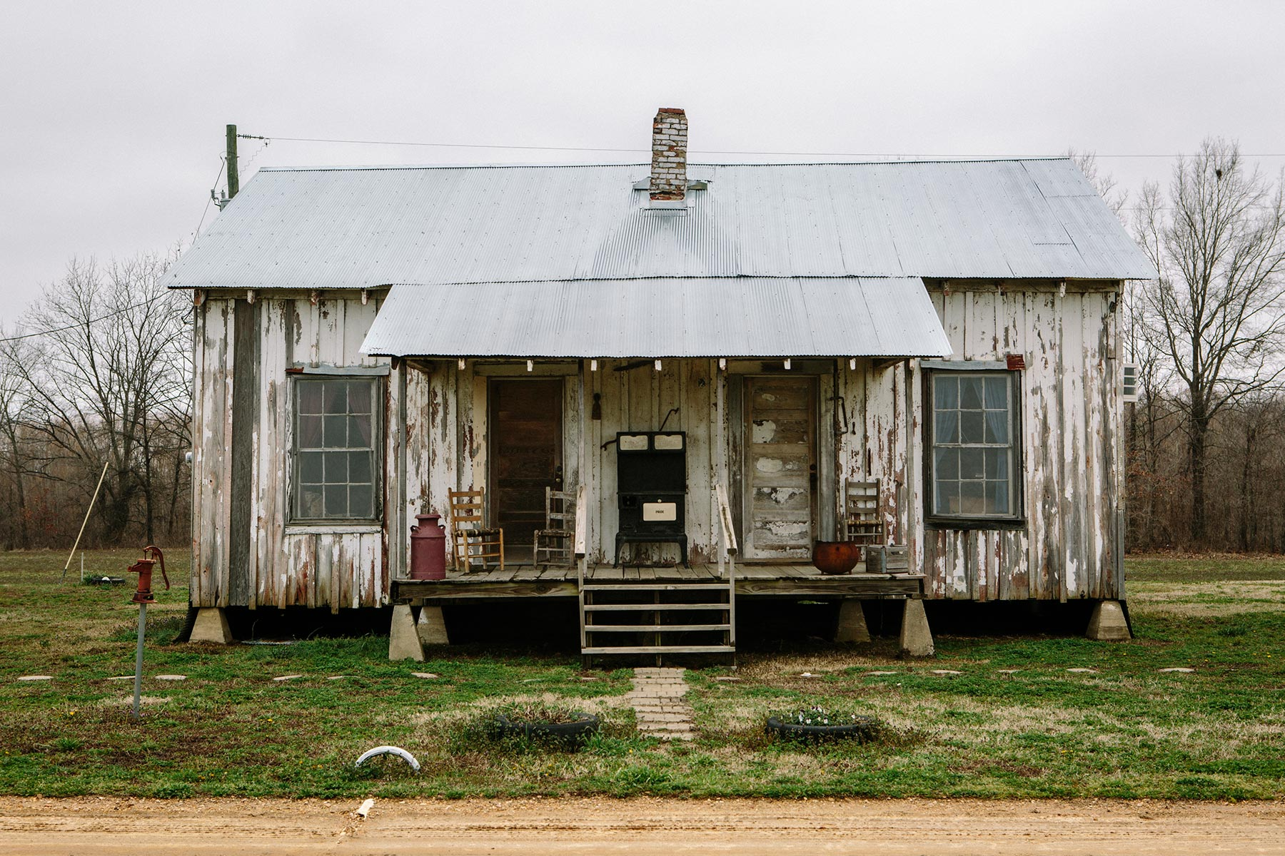 Image gallery mississippi shacks for Shack homes
