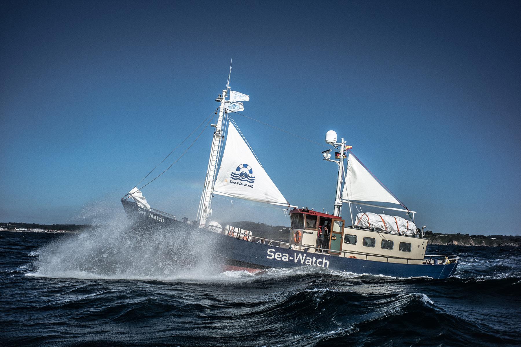 sea watch - photo #16